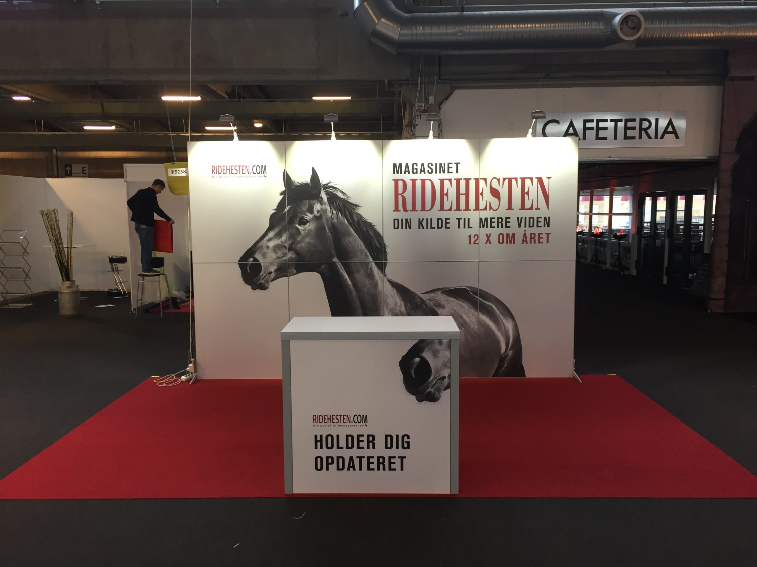 Provendi messestand 8 rammer cleverframe